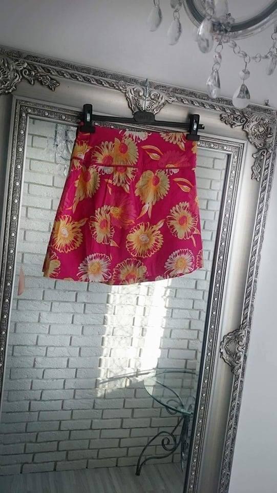 Spódnice kolorowa spódniczka w kwiaty