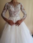 Ekskluzywna suknia ślubna z zagranicy tren