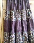 długa kolorowa spódnicabrązowa spódnica