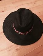 Czarny kapelusz boho H&M...