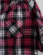 grubsza koszula w kratę