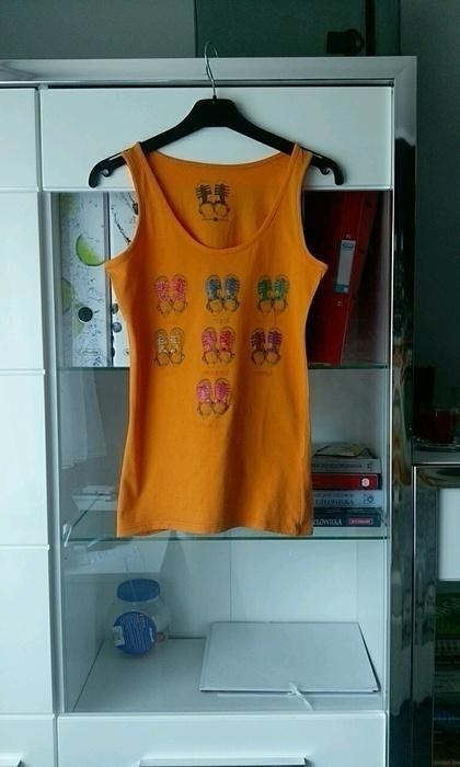 Pomarańczowa bluzka na ramiączka...