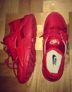 Nowe Buty NIKE HUARACHE RUN Czerwone Rozmiar 39