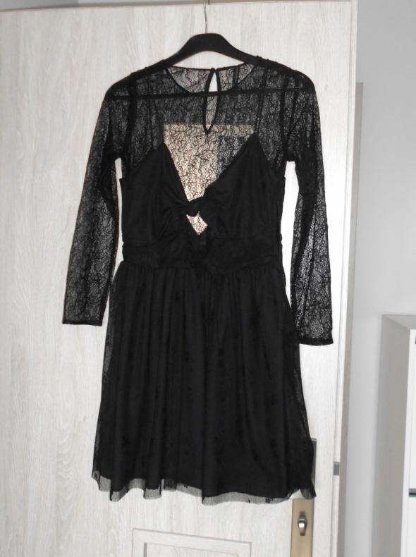 Zara nowa czarna koronkowa sukienka koronka w Suknie i