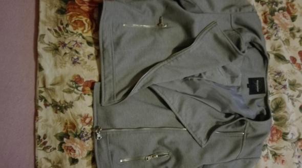 Bluzy Piękna szara bluza reserved