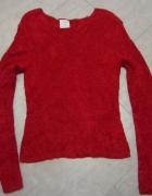 Czerwony włochaty sweter XS S