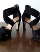 Czarne zamszowe skórzane sandały 39 5th Avenue...