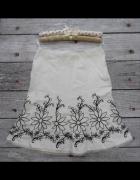 40 42 Lniana spódnica haftowane kwiaty
