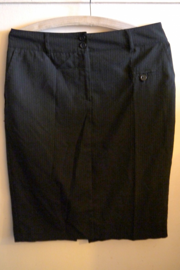 Spódnice Spódnica elegancka midi czarna M