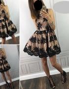 Koronkowa sukienka rozkloszowana XS EMO...
