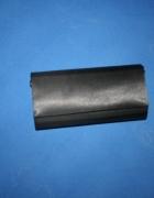 czarna elegancka torebka apart