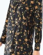 Mohito Romantyczna sukienka z kwiatowym nadrukiem...