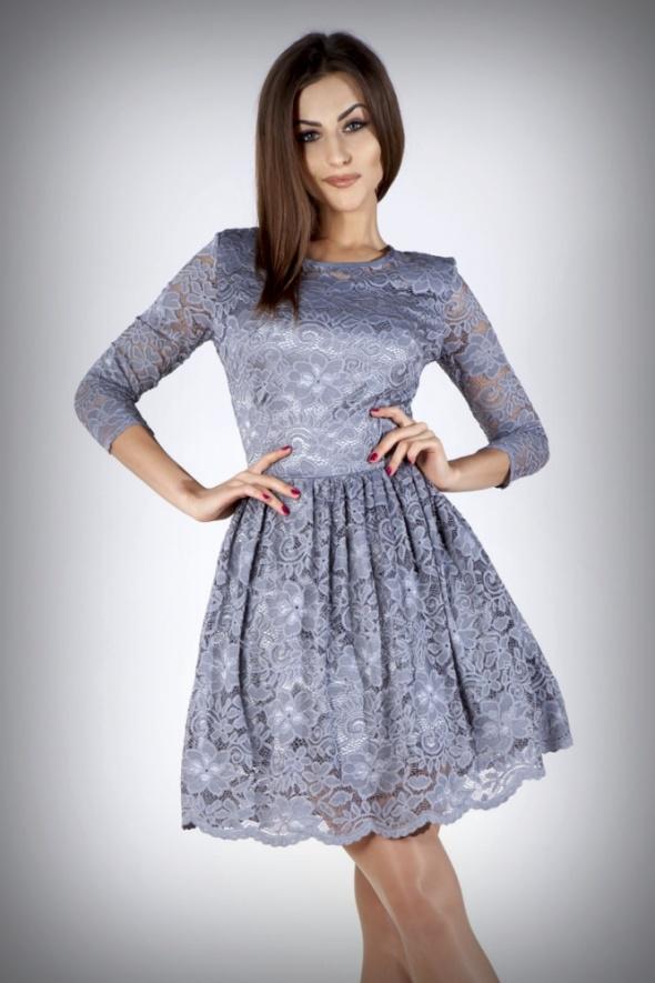 30164e408a Śliczna szara sukienka koronkowa XS 34 w Suknie i sukienki - Szafa.pl
