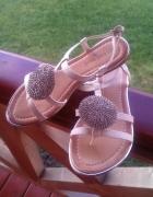 Sandalki cyrkonie