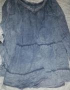 Bluzeczka ala jeans z ozdobą