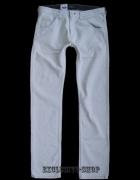 Lee ZED spodnie białe proste W32 L34 pas 90cm...
