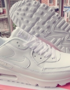 Nike Air Max White Leather 3642