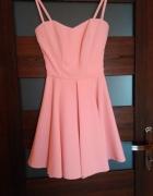 pudrowa sukienka 36 S z dluzszym tylem