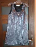 srebrna szara tunika sukienka z ozdobnym dekoldem