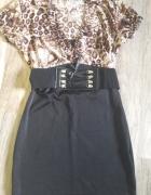 Ponadczasowa sukienka w panterkę S...