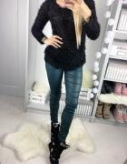 Sweter włochaty czarny