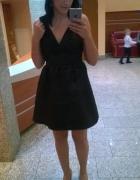 Czarna wizytowa sukienka H&M