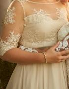 Sukienka z włoską koronką...