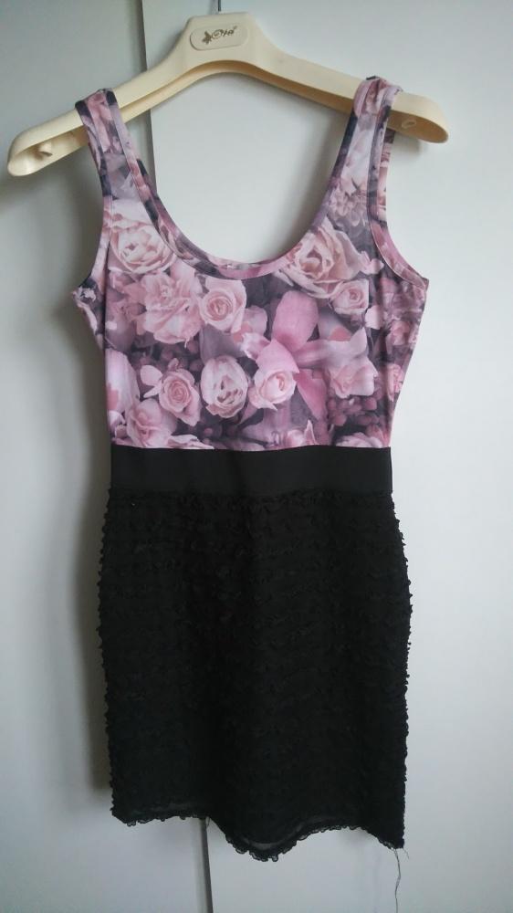 Cudna sukienka kwiaty fakbanki
