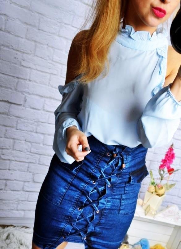 jeansowa spodnica wiazania kieszenie
