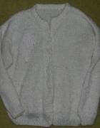 Śliczny elegancki sweterek...