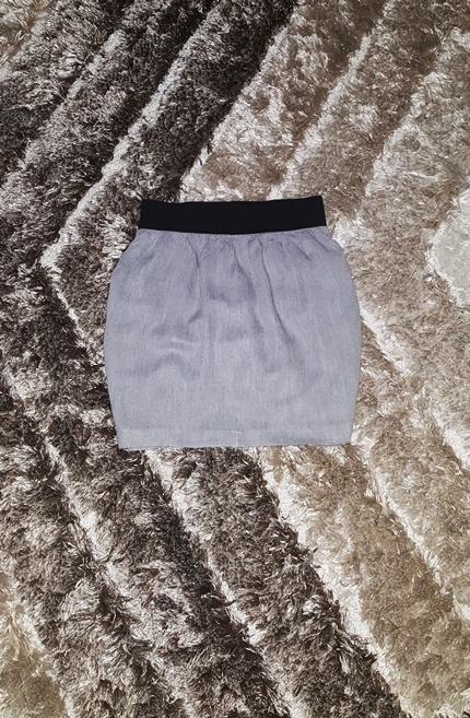 Spódnice Zara spódniczka 34 XS melanż na gumie zakładki