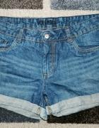 jeansowe spodenki Vero Moda...