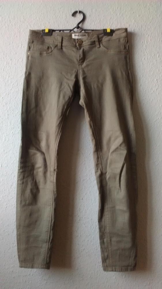 spodnie materiałowe khaki...