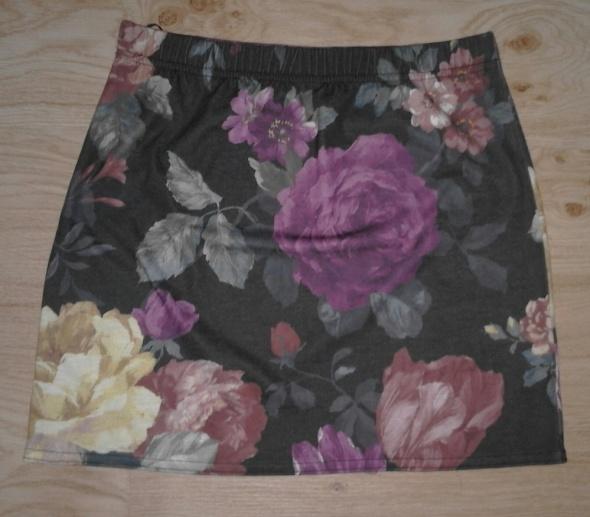 Spódnica mini kwiaty...