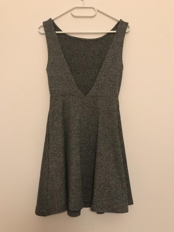Suknie i sukienki Sukienka z H&M