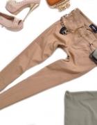 AMN MILANO Spodnie bezowe rurki 36 S
