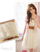Biała sukienka Japan Style