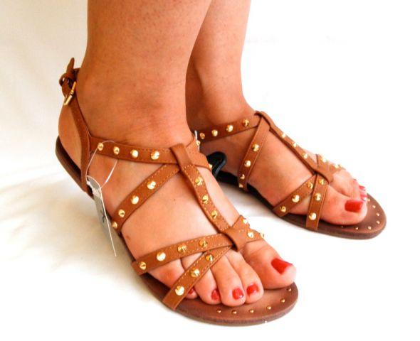 Sandały nowe sandały karmelowe 39 z ćwiekami Atmoshere