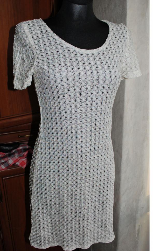 koronkowa sukienka S M