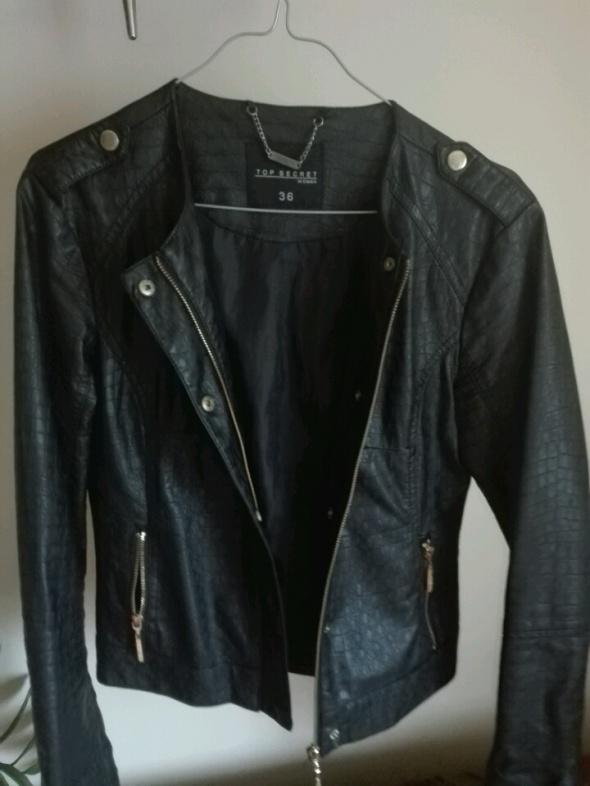 Odzież wierzchnia Czarna kurtka top secret 36