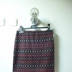 Fioletowa spódnica ciepła na jesień zimę we wzorki