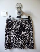 Spódnica we wzorki czarno biała