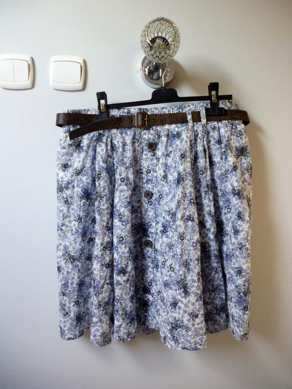 Spódnica rozkloszowana floral z paskiem...