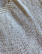 Sweter złota nitka