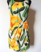 Piękna elegancka sukienka w kwiatygołe plecy r M...