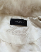 Piękna biała kamizelka futro