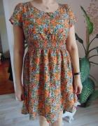 sukienka w kwiatki 38