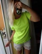 Neonowa bluzka elegancka falbanka