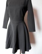 Czarna rozkloszowana sukienka gołe plecy r M...