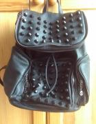 Plecak z cwiekami firmy BAYLA